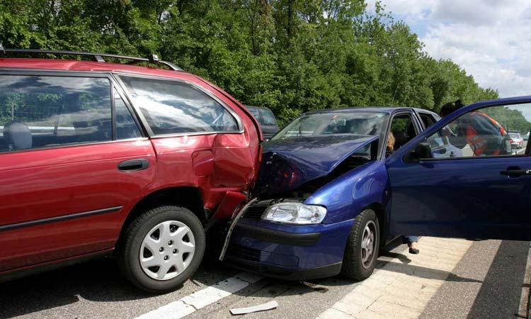 car-crash-lawyer-michelle-linka-law